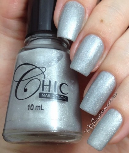 Chic Shadow Crystal swatch