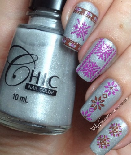 "Chic Shadow Crystal with ""ugly sweater"" water decals"