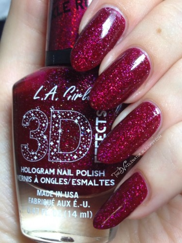 L.A. Girl Sparkle Ruby swatch in direct lighting